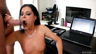 India Summer adores stranger's sperm on her face after good fuck
