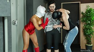 Kinky lesbian threesome is all about Lucy Belle and Jenna Lovely talking