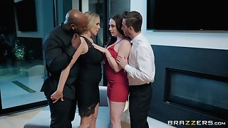 oral fuck is something that Chanel Preston prefers with her horny lover