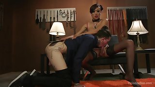 Anal scenes of rough porn with the Asian shemale