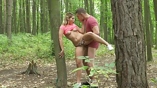 Perfect ten tosses jean shorts aside to fuck in the woods