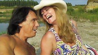 Hot First Timer Mom Anita Summer Porn Casting